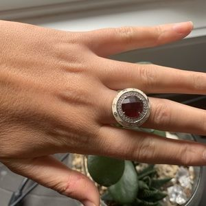 Jewelry - Vintage ring